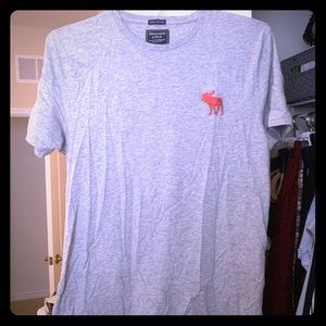 Abercrombie & Fitch Men's Crew T-Shirt—like new!